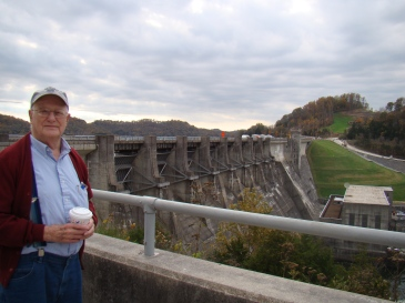 dad-at-center-hill-dam
